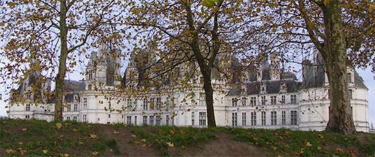 Château de Chambord sous les feuilles