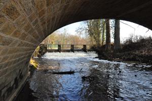rére sous le pont