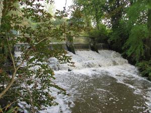 barrage sur la Rére