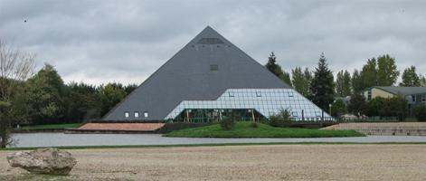 pyramide de Romorantin